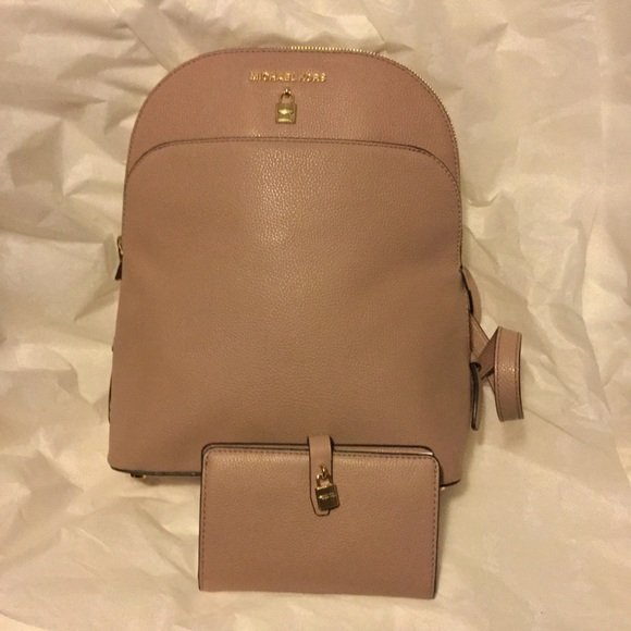020bc440e2cf Michael Kors Bags | Mk Adele Fawn Lg Leather Backpack Bifold Wallet ...